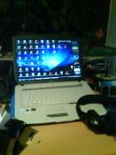 So mein Nb aba der Screibttisch ist nich aufgeräumt ;)