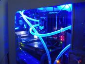 Nachtbild des Wasserkühler-PC