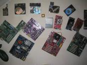 Die alte Ausgediente Hardware schmückt jetzt mein Büro...