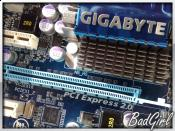 GA-MA770-UD3 PCIe Slot :D