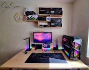 so sieht der PC-Tisch tagsüber aus