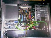 Das Lian Li Offen, jetzt mit Triple Radiator! Kabel sind egal! Hat kein Window und der PC wird durch Wasser gekuehlt