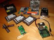 Mal die komplette interne (!) Hardware. (Konnte man gerade so schön fotografieren beim Umbau ins neue Case)