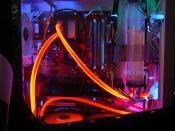 Hier die WaKü unter UV beleuchtung