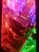 Der Rechner ist in 3 Farben aufgeteilt
