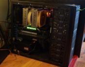 Der Rechner mit Gtx 1080 Ti, Seasonic Prime 750W und Staub
