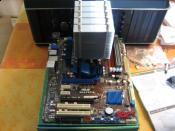 Mobo mit RAM und CPU-Kühler