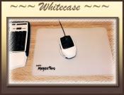 weiße Maus und weißes Mauspad