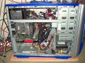 Schaut drinnen aus wie ein normaler PC :) (altes Gehäuse)