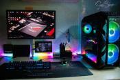 so sieht der PC-Tisch bei Nacht aus