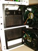 Der Phobya Xtreme 200 - V.2 - Full Copper Radi f�r den CPU/Mainboard Kreislauf.