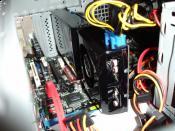 PC Innenleben mit meiner alten GTX 260. Ja sie war lang ;)