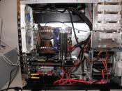 Altes Gehäuse mit einem super Cable Management ^^